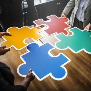 Strategii-de-promovare-online-pentru-produseservicii-greu-de-vandut-2-300x300